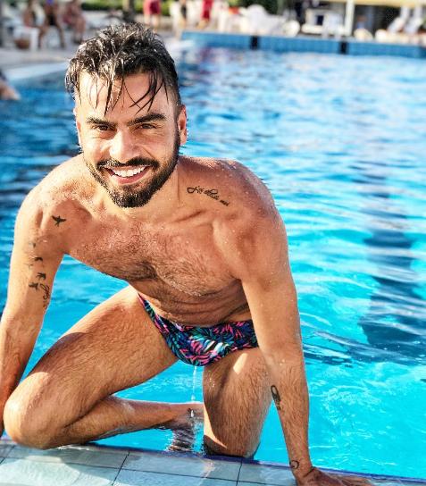 Mario Serpa naufrago su L'Isola dei famosi 2018