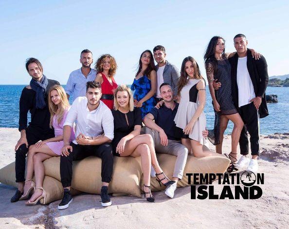 Stasera in tv lunedì 31 luglio 2017 cosa guardare: Temptation Island su Canale 5, Ho amici in paradiso su Rai 1