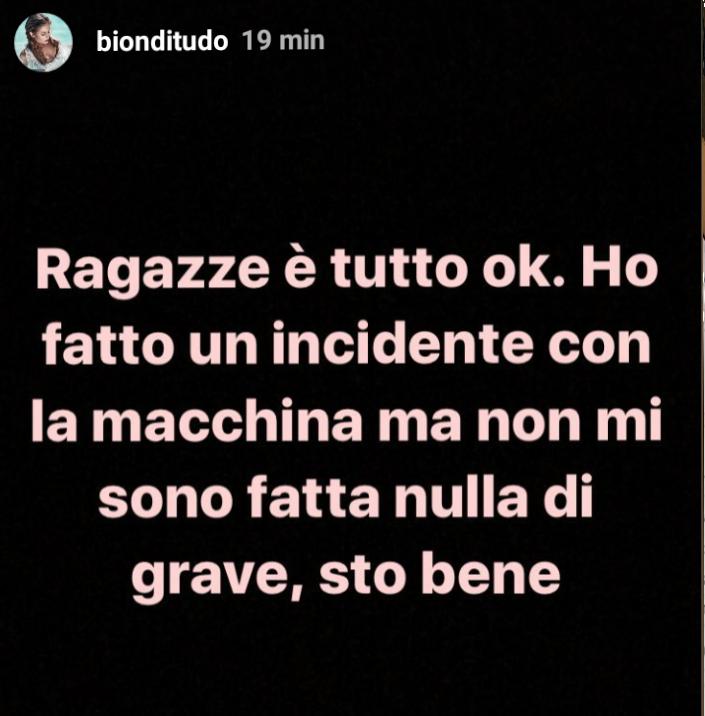 Giulia Latini annuncia incidente in auto
