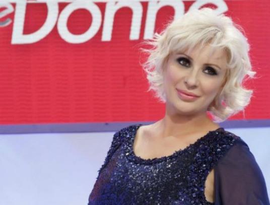 Uomini e Donne, Tina Cipollari e Chicco Nalli si sono lasciati: la conferma dell'opinionista