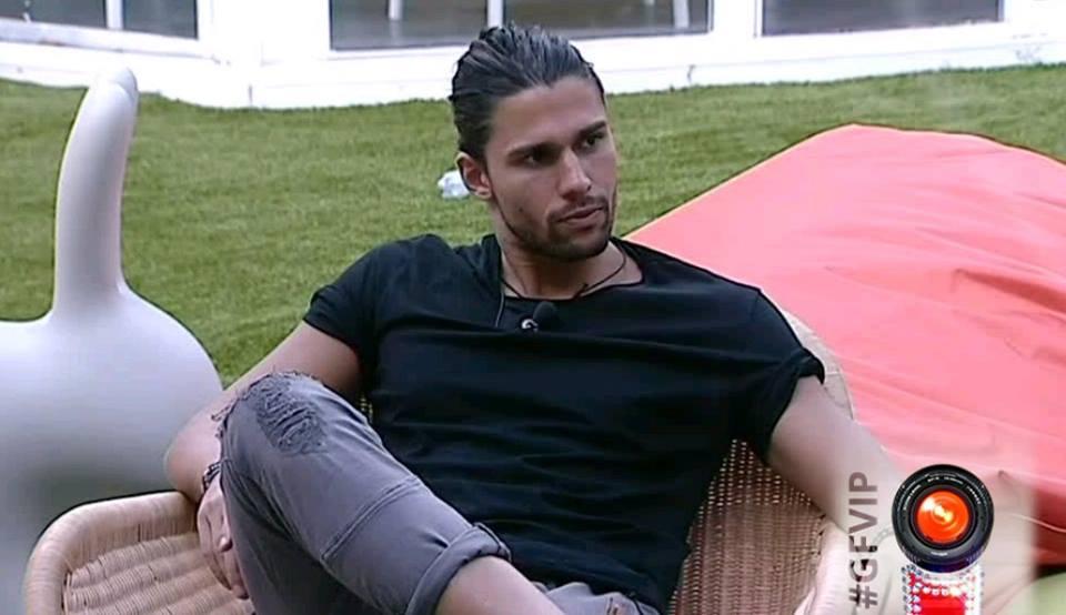 GF VIP 2: Luca Onestini ha nostalgia di Soleil, ma lei confessa la crisi