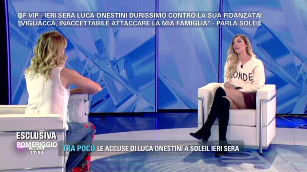 Pomeriggio 5, Soleil Sorgè lascia Luca Onestini: 'Mesi d'inferno, per me è finita'