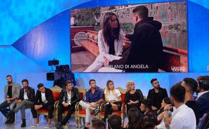 Uomini e Donne oggi, anticipazioni e news trono classico – puntata 24 ottobre 2017: prima segnalazione su Nicolò F