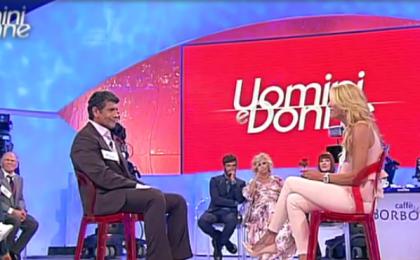 Uomini e Donne oggi, anticipazione news trono over – puntata 13 ottobre 2017: scontro tra Anna e Angelo