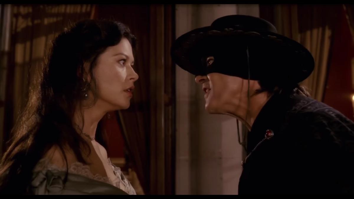 Stasera in tv domenica 22 ottobre 2017 cosa guardare: L'isola di Pietro su Canale 5, The Legend of Zorro su Rete 4