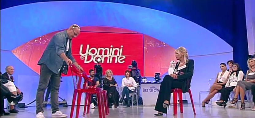 Uomini e Donne, registrazioni trono over: le insinuazioni di Gemma su Tina e Giorgio