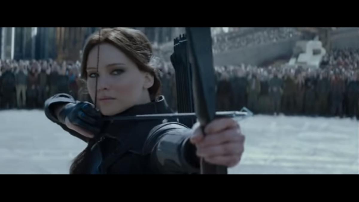 Stasera in tv domenica 28 gennaio 2018 cosa guardare: Liberi sognatori su Canale 5, Hunger Games su Italia 1