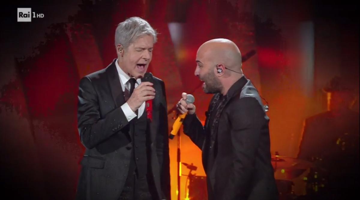 Sanremo 2018, i Negramaro cantano con Baglioni sulle note di Poster