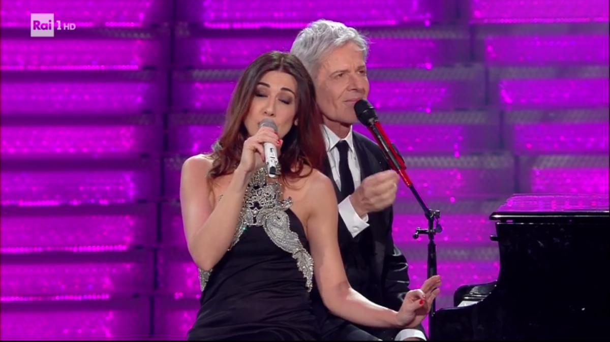 Sanremo 2018, Virginia Raffaele ospite a sorpresa del Festival: il duetto con Baglioni