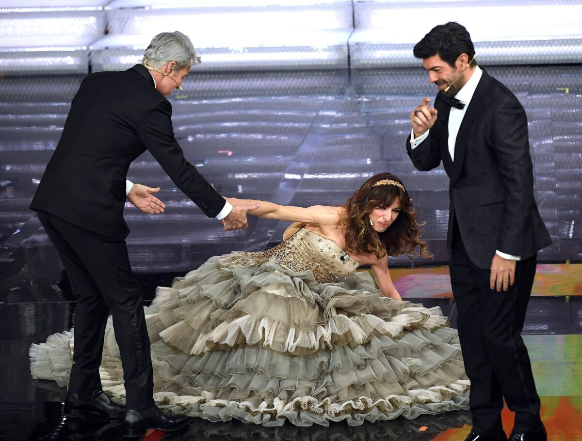 Sabrina Impacciatore, la caduta al Festival di Sanremo 2018