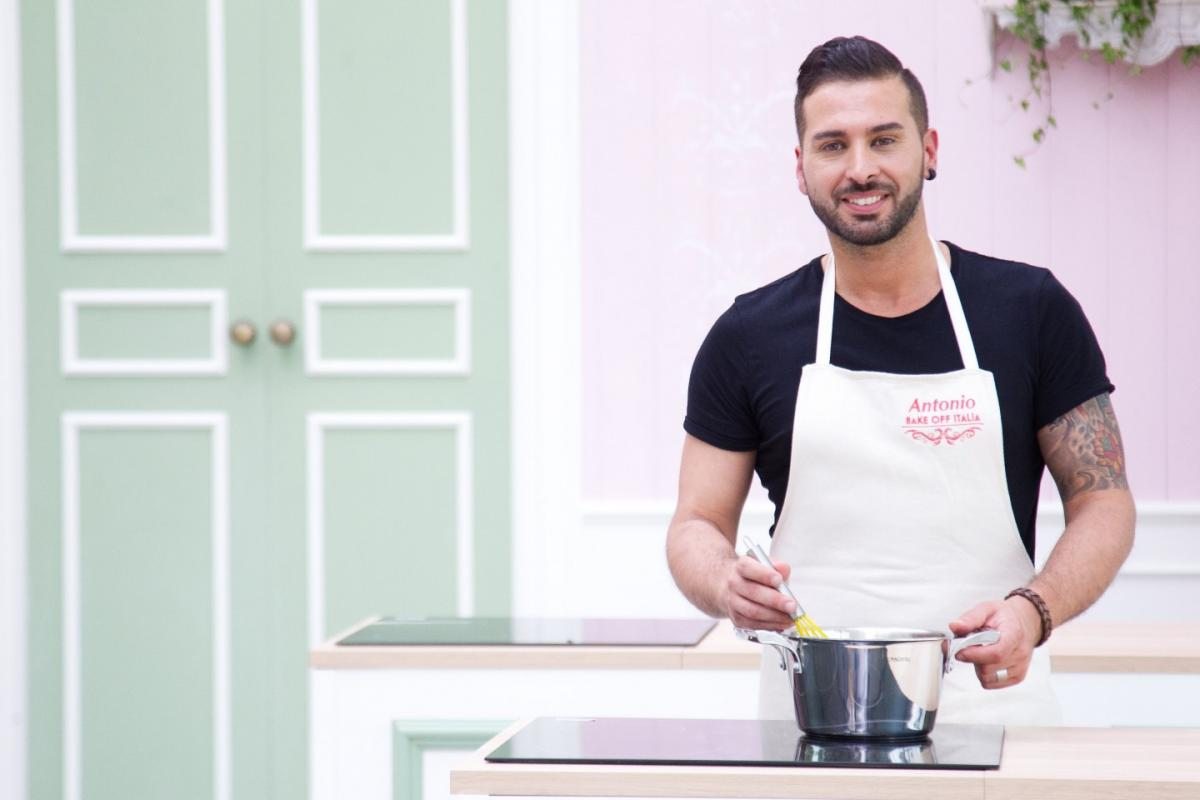 Bake Off Italia 3, Antonio