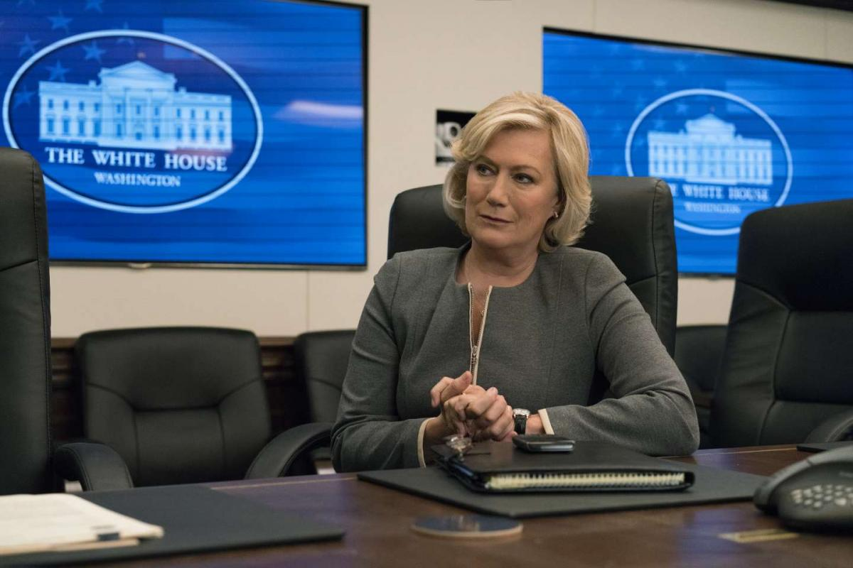 Jayne Atkinson nell'episodio 4 di House of Cards 5