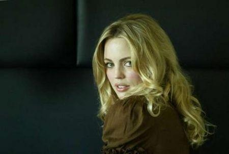 melissa george televisionando. Black Bedroom Furniture Sets. Home Design Ideas