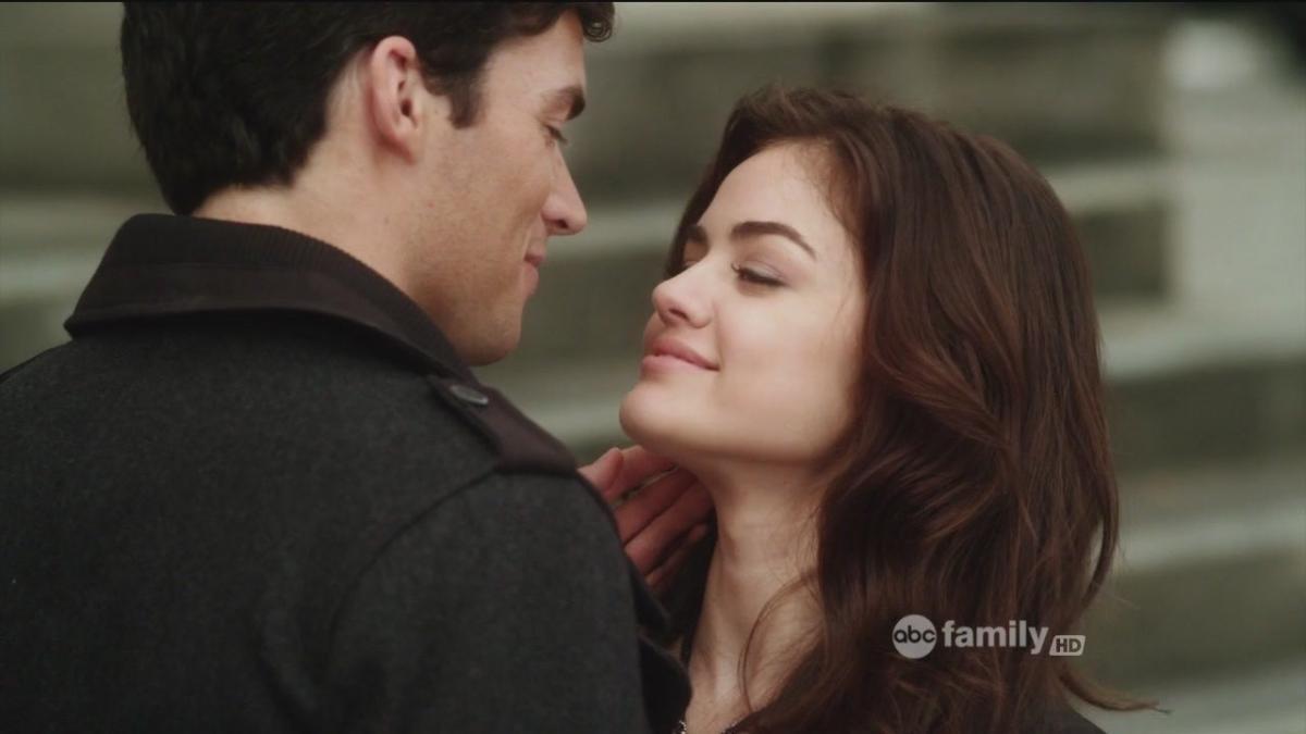 Che è Ezra dating nella vita reale